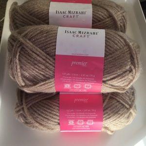 New Isaac Mizrahi Premier Yarn 4 Skeins